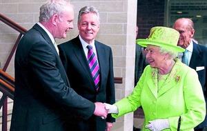 McGuinness praises queen's 'courage'