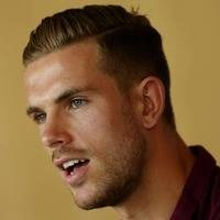 Henderson still hopes Sterling will commit to Liverpool
