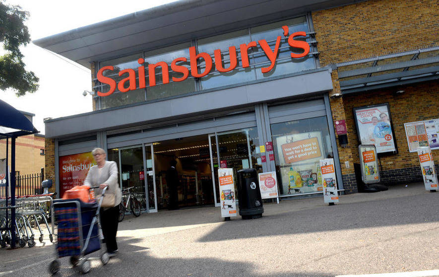 Sainsbury's helps FTSE bounce back