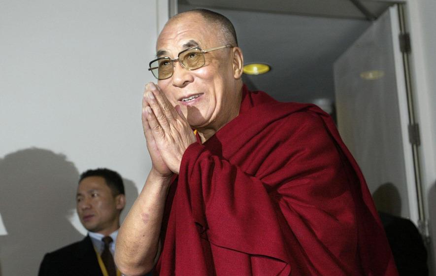 Video: Dalai Lama open to 'very attractive' female successor