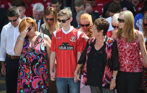 Minute's silence held across UK for Tunisia victims