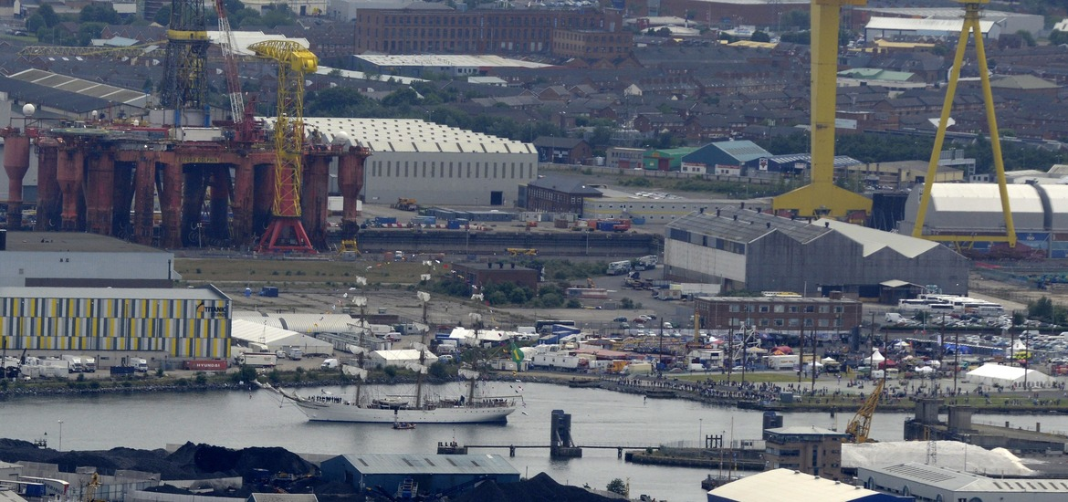 belfast crowds wave goodbye to tall ships the irish news