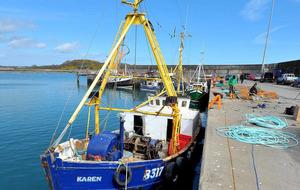 Ritchie questions submarine activity in Irish Sea