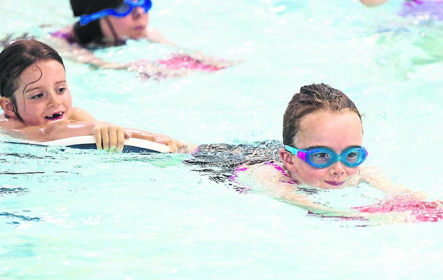 Kids Make A Splash In Scoliosis Swim Scheme The Irish News