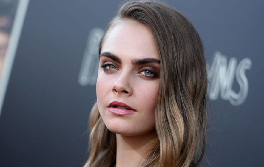 I like to charm people; that's what I do, says Cara