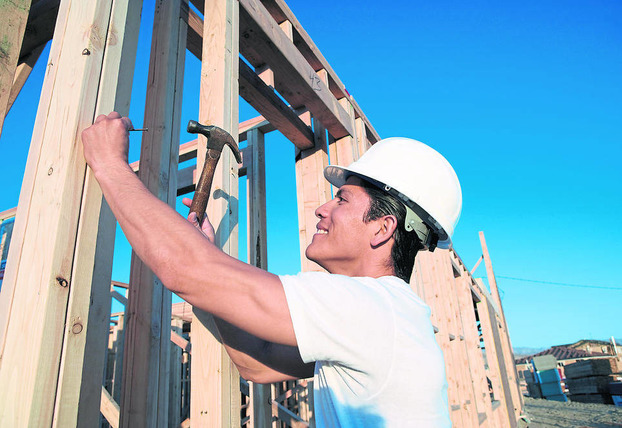 Construction sector returns to modest growth