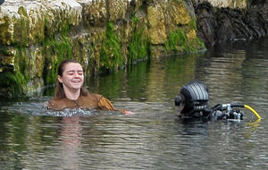 Game of Thrones stars go for a dip in Carnlough Harbour
