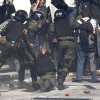 Police officer killed in Kiev demonstration