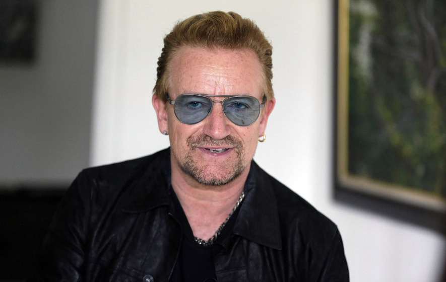 "Bono ""fears he will never play the guitar again"""