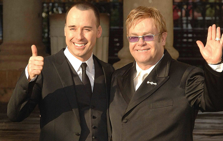 Elton's gay rights talk with Russia's President Putin was a prank, say TV impersonators