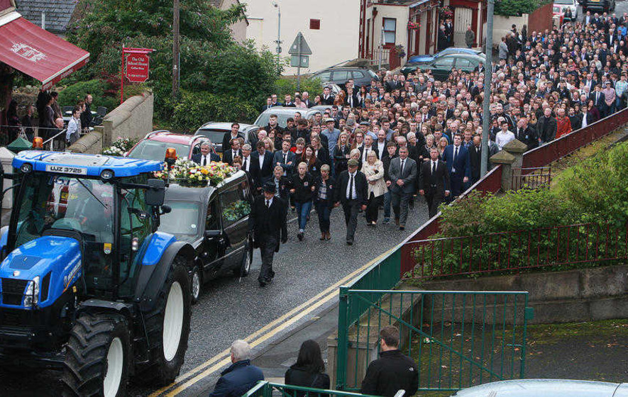 Mourners say final farewell to teenage crash victims