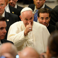 Pope Francis arrives at United Nations to give speech
