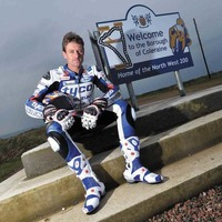 Brookes inches closer to British Superbike Championship title