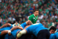 Sexton can take the hits against France says Joe Schmidt