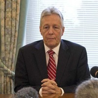 Time for Peter Robinson to pack his bags