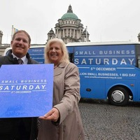 Four-centre bus tour urges shoppers to back small retailers