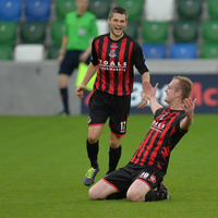 Crusaders see off Linfield to go three clear at the top