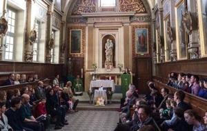 Irish community in Paris unites in prayer following attacks