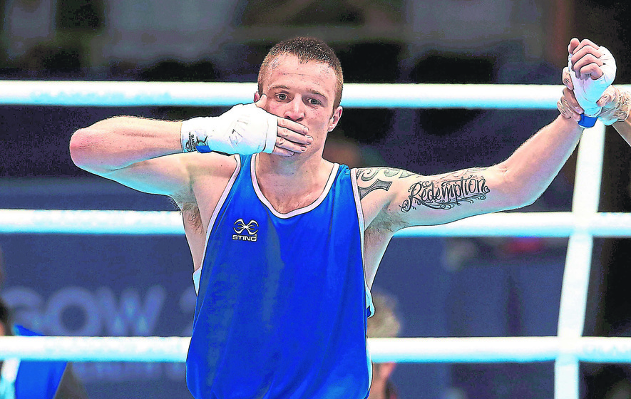 Demotivated Steven Donnelly considers boxing future