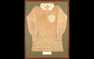 Derry rugby player's 1899 Triple Crown jersey on sale for up to to €30,000