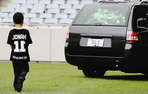 Thousands at service for Lomu
