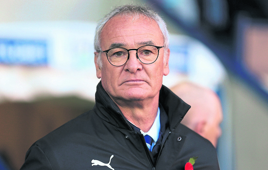 Ranieri offers Neville a few Valencia hints