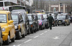 Cashless taxi app launches in Belfast
