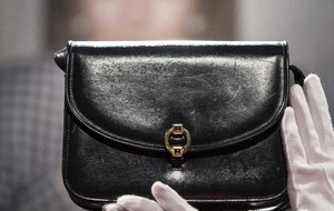 Thatcher's iconic handbag to be sold at auction