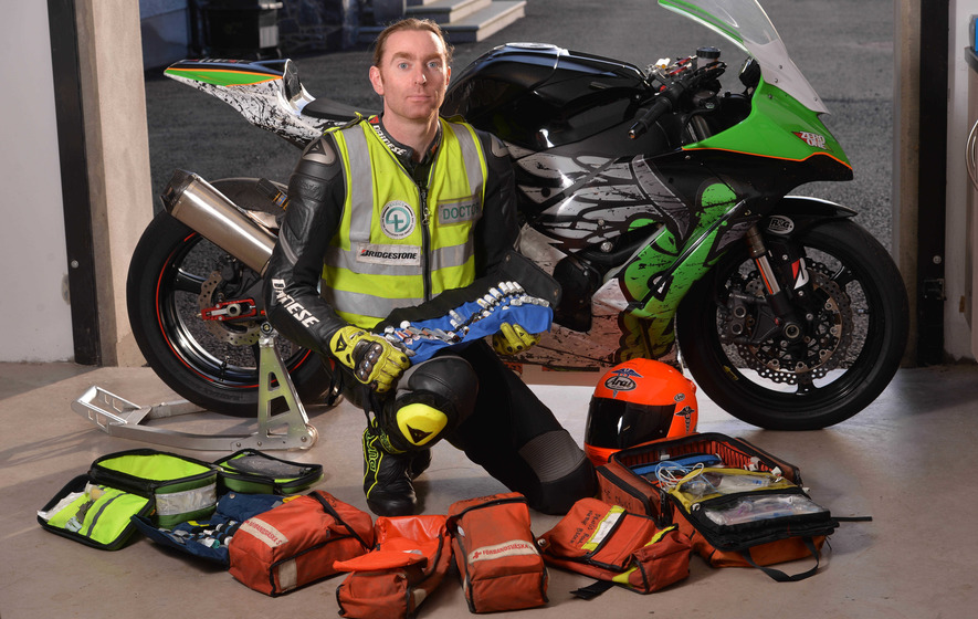 Posthumous award for 'Flying Doctor' John Hinds