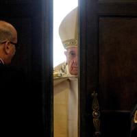 The invitation to open the Door of Mercy in 2016