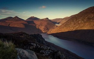 Photographer captures amazing time-lapse of Mourne Mountains